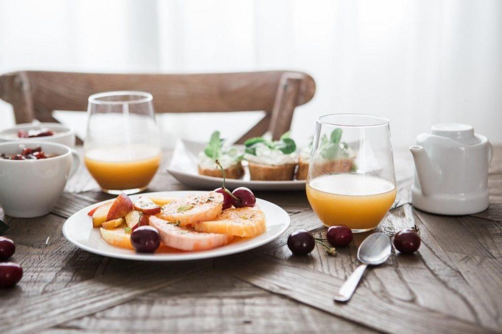 menú de desayuno para un el coffee break ejecutivo