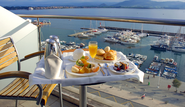 Balcony of one of the rooms at the hotel Vincci Puertochico 4* Santander.