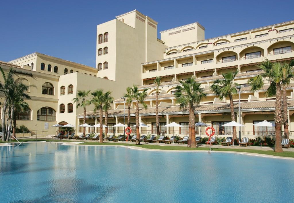 ENVIA GOLF hotel vincci pool