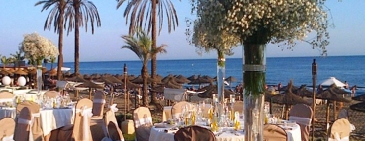 Celebrate your wedding by the sea at the Beach Club Estrella del Mar