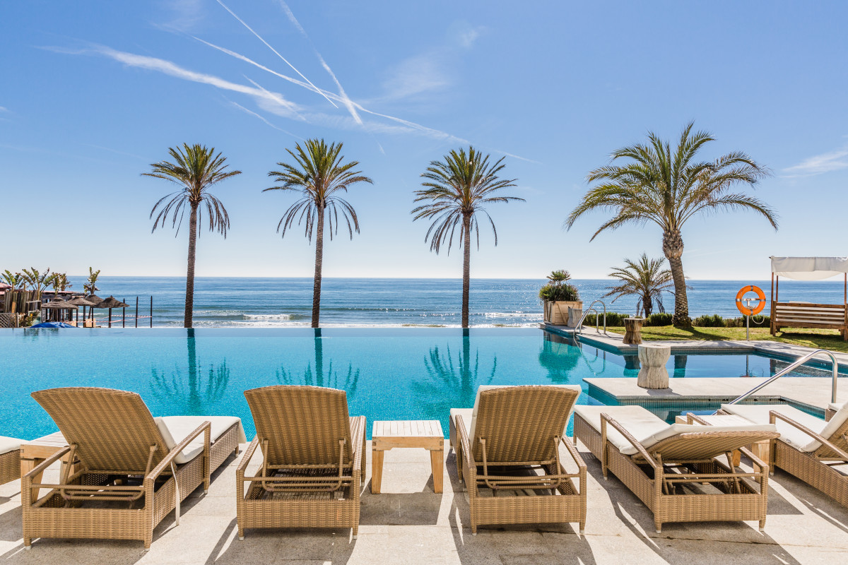 The season of sun and leisure is underway at the Beach Club Estrella del Mar