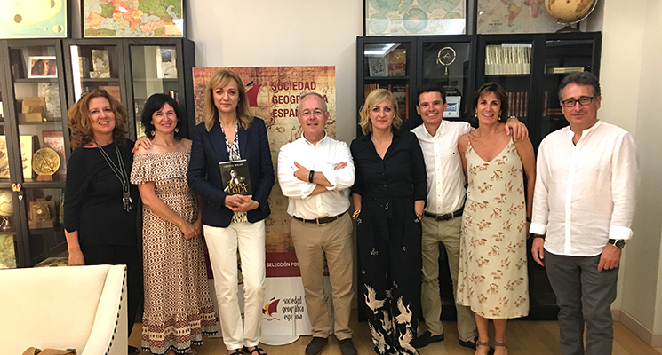 Vincci Selección Posada del Patio 5* launches the first library of travel and explorers in conjunction with the Spanish Geographical Society