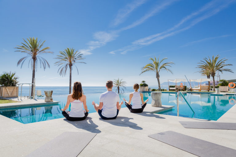 Yoga at the swimming pool - Beach Club