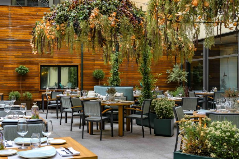 NoMad Food&Bar: A midsummer night's dream, on the new terrace and gastronomic venue from Vincci Soho 4*