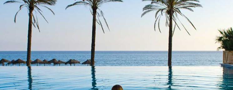 Nadar en un entorno privilegiado, el de las espectaculares piscinas de Vincci Hoteles