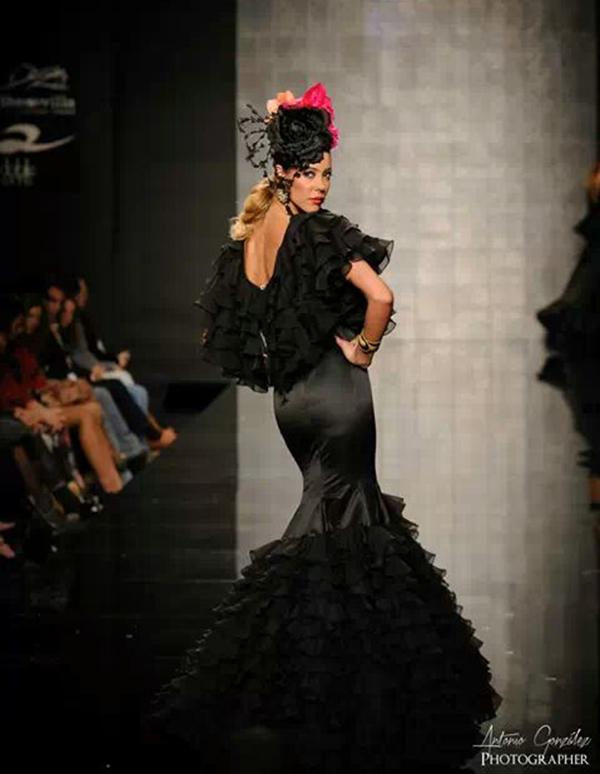 Sofia Rivera desfile flamenco