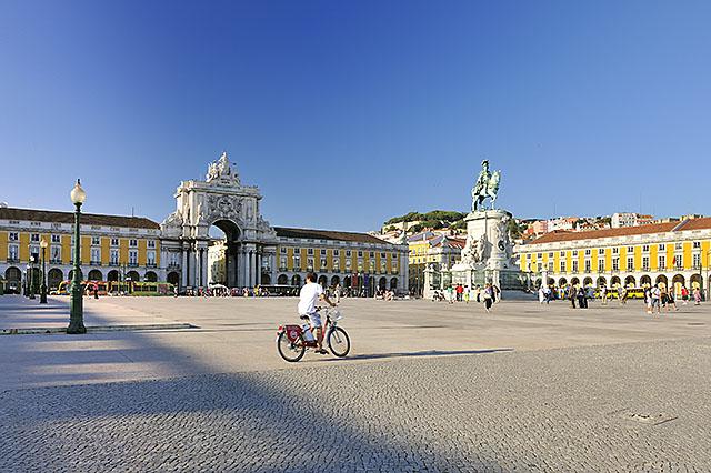 Plaza del Comercio, Lisboa, Portugal.