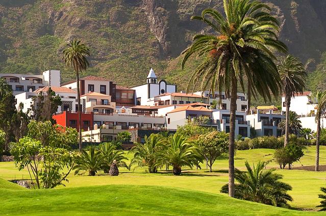 Jardines del hotel Vincci Selección Buenavista Golf&Spa 5* Lujo Tenerife.