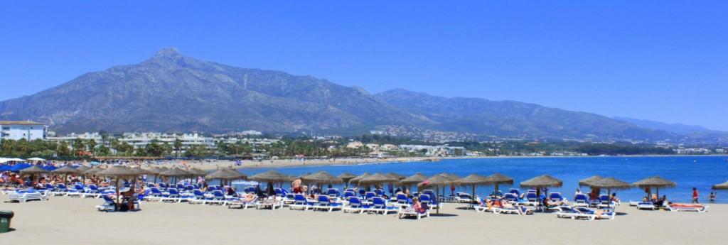 Playa Venus-Bajadilla, Marbella, Málaga. / Foto: www.marbellaholidaylettings.com