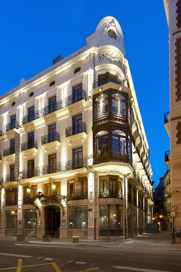 Los 5 lugares m s bonitos de espa a de noche - Hotel vincci palace en valencia ...