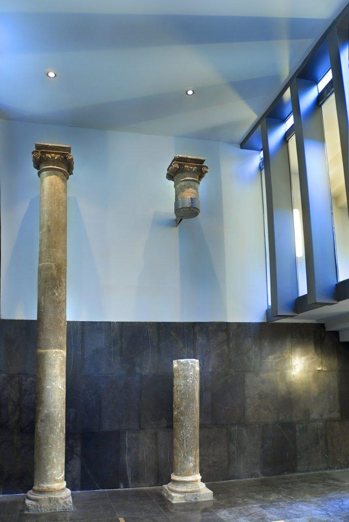hall-columnas-alta