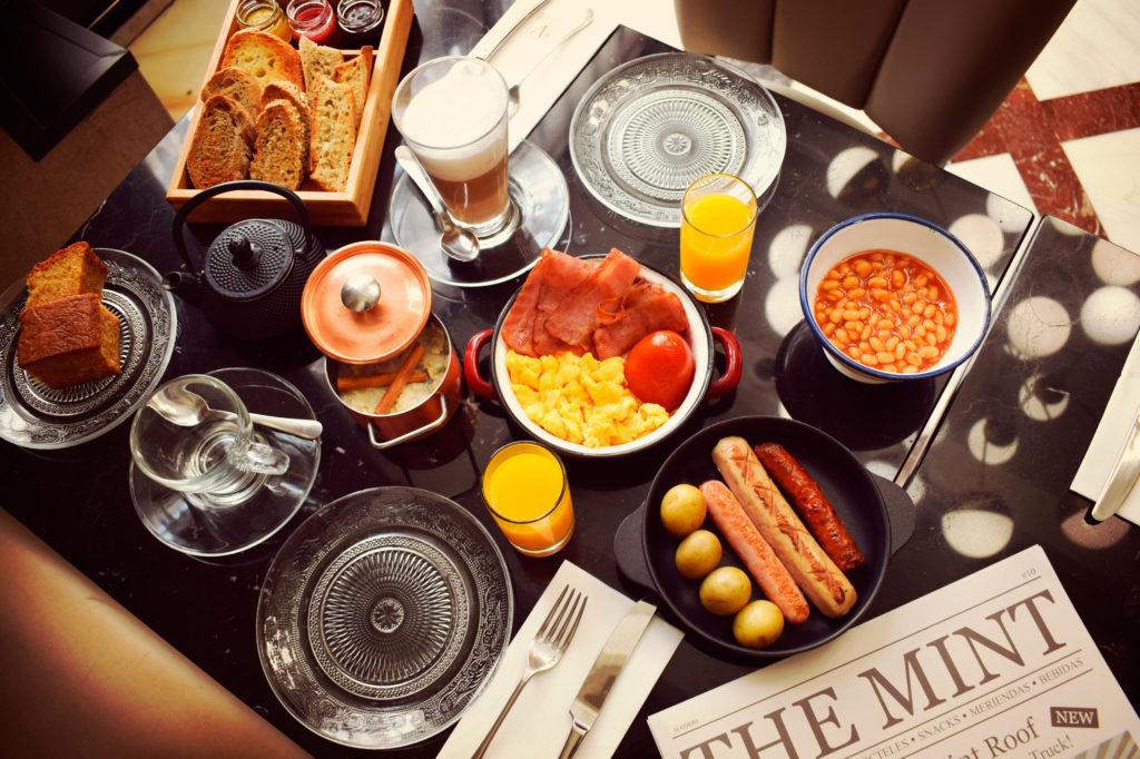 Full Monty Breakfast - El desayuno más british en Vincci The Mint 4*