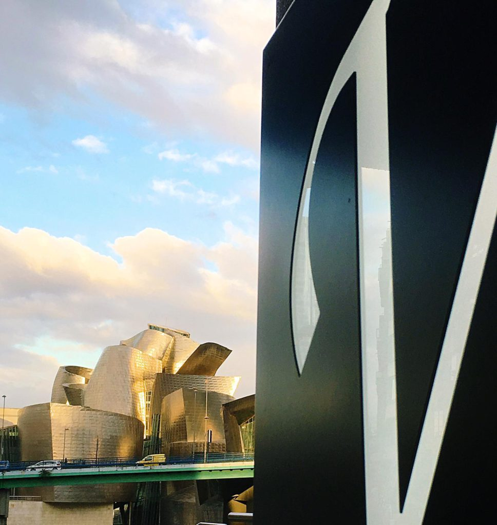 Vincci Consulado de Bilbao 4* - Vistas al Museo Guggenheim Bilbao