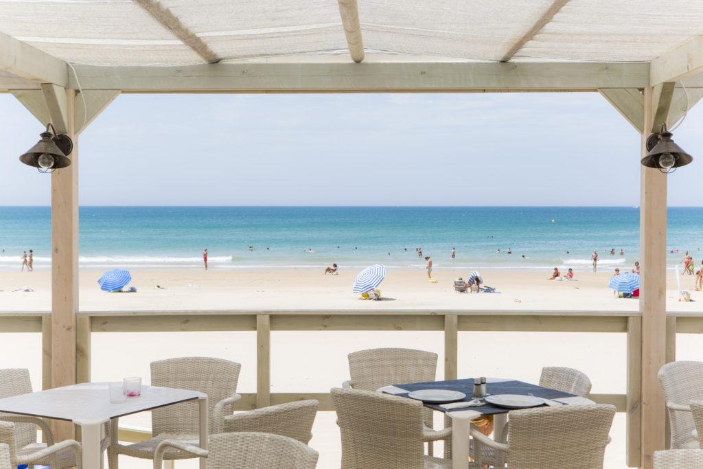 El Chiringuito de Vincci Costa Golf en Playa de la Barrosa