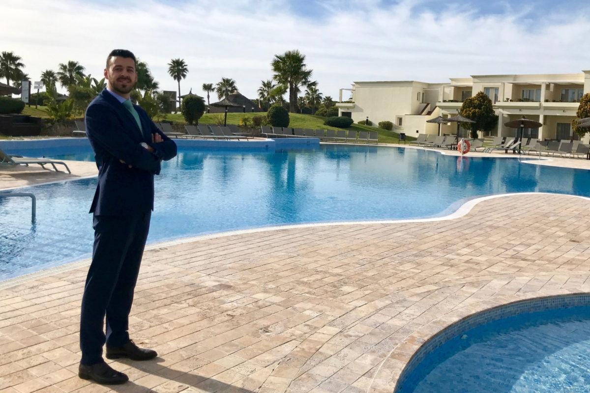 """Enrique Martín-Aragón, director del hotel Vincci Costa Golf 4*: """"¡Cádiz tiene mucho arte! Arrancamos una ilusionante temporada"""""""