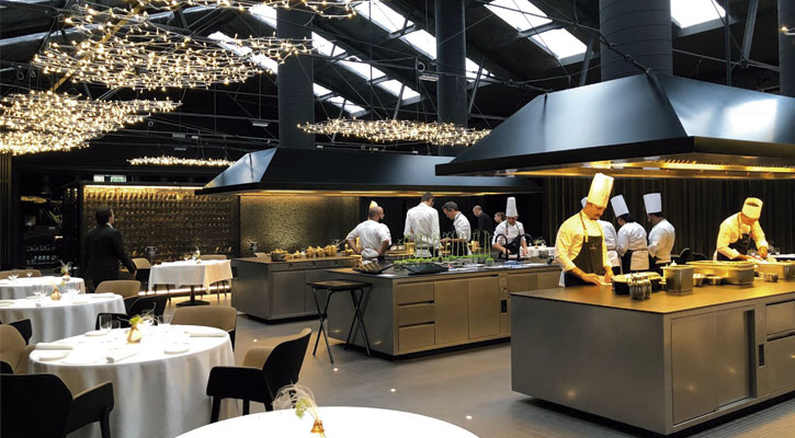 Restaurantes de lujo en barcelona los restaurantes con - Cocinas barcelona ...