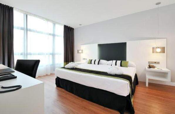 Habitación doble Vincci Málaga 4*