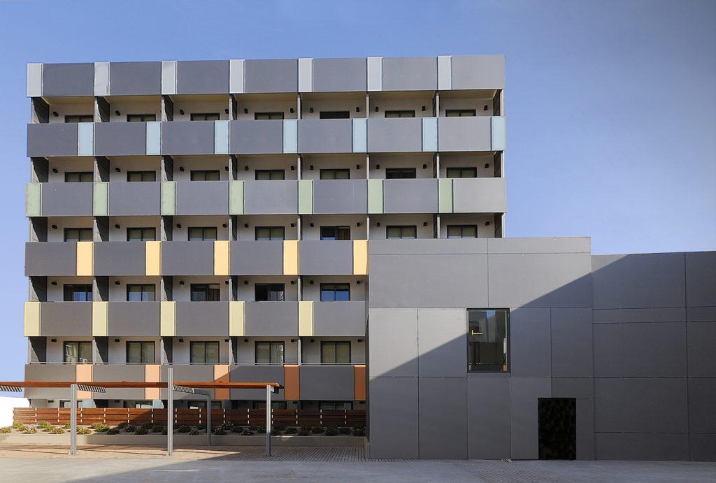 Diseño de la fachada trasera de Vincci Zentro