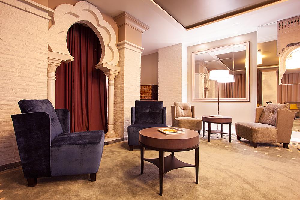 Salón interior en Vincci Albayzin 4*