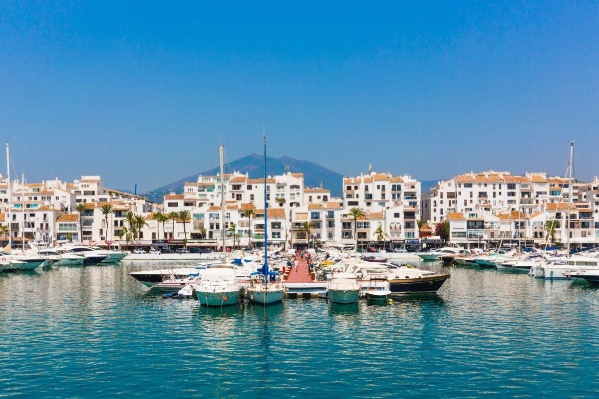 Marbella: dónde alojarse y planes con encanto que no te puedes perder