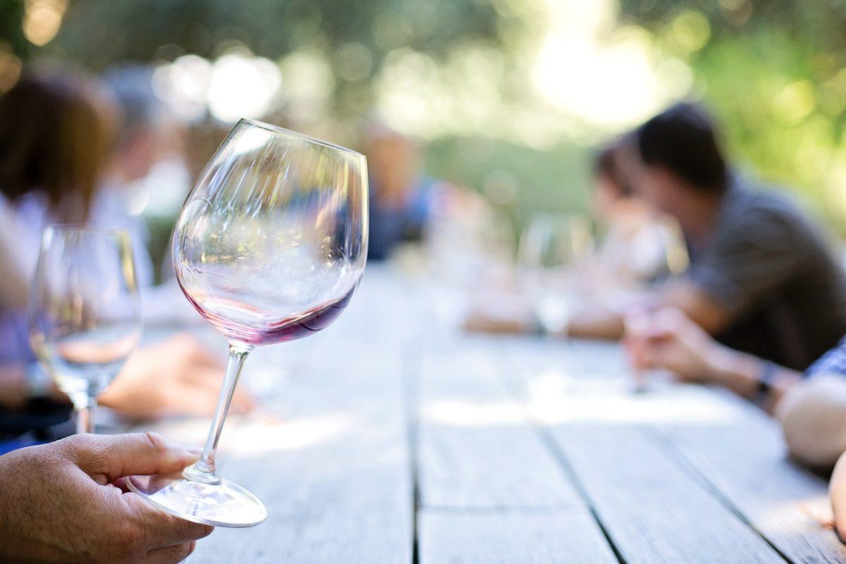 Ruta del Vino Tenerife: consejos para organizar tu escapada de enoturismo a Canarias