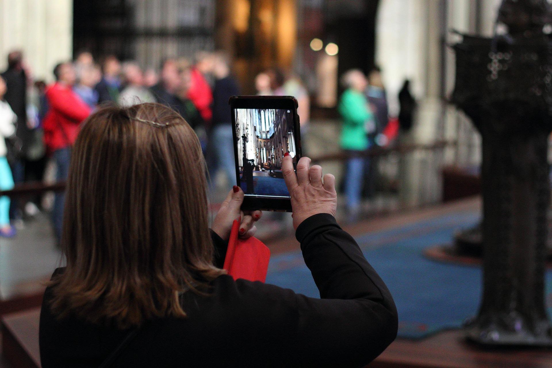 turista fotografiando