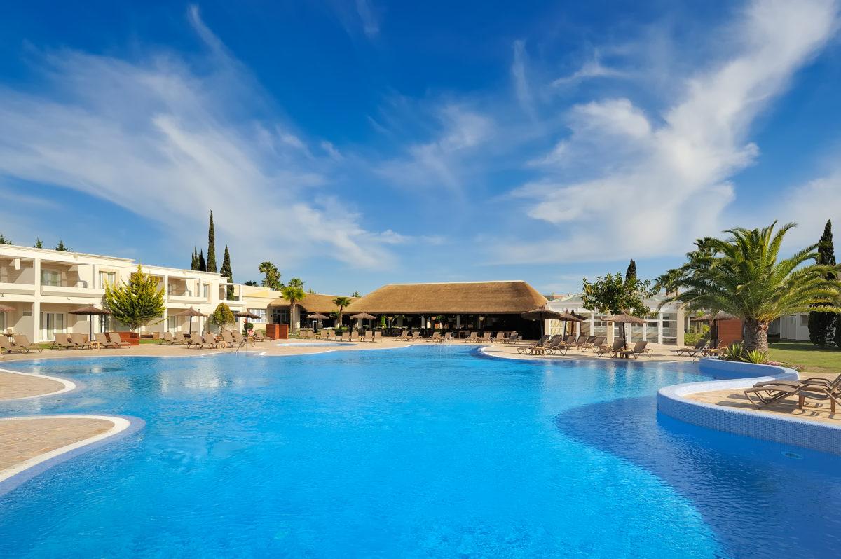 Cádiz recibe de nuevo a uno de sus hoteles más exclusivos, Vincci Costa Golf 4* reabre esta temporada con múltiples novedades