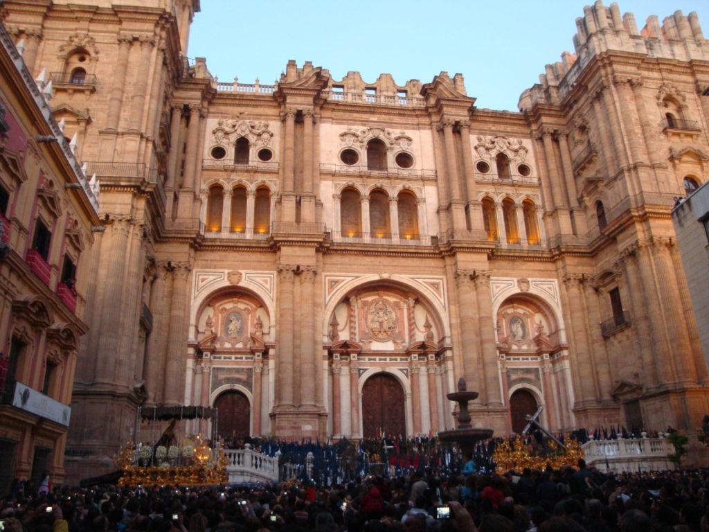 Acto de liberación de un preso por la Cofradía de Nuestro Padre Jesús el Rico de Málaga