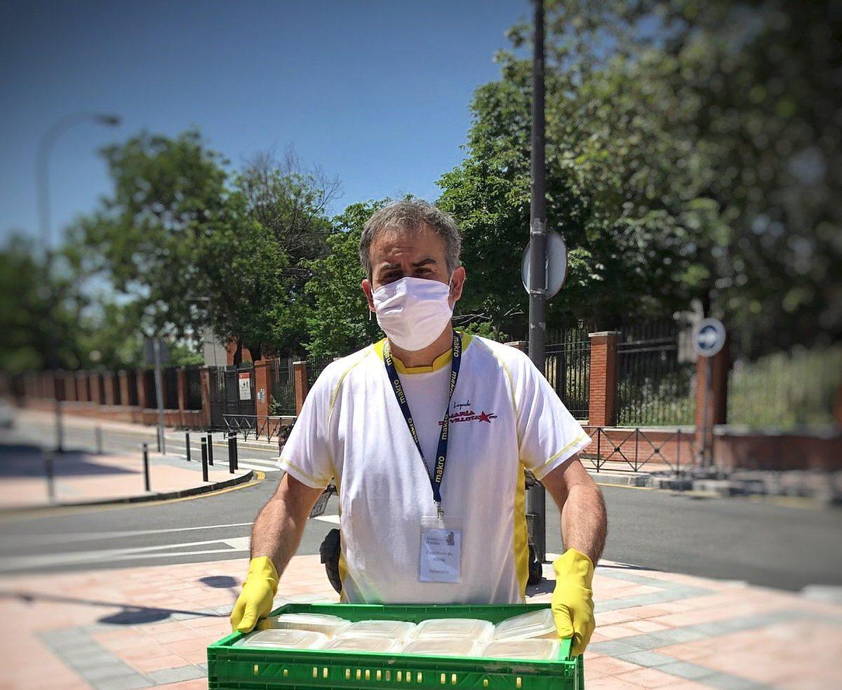 """Justo García, maitre de Vincci Soma 4* (Madrid): """"Cuando llegan niños al comedor social y nos regalan un dibujo en agradecimiento, nos sacan una lágrima"""""""