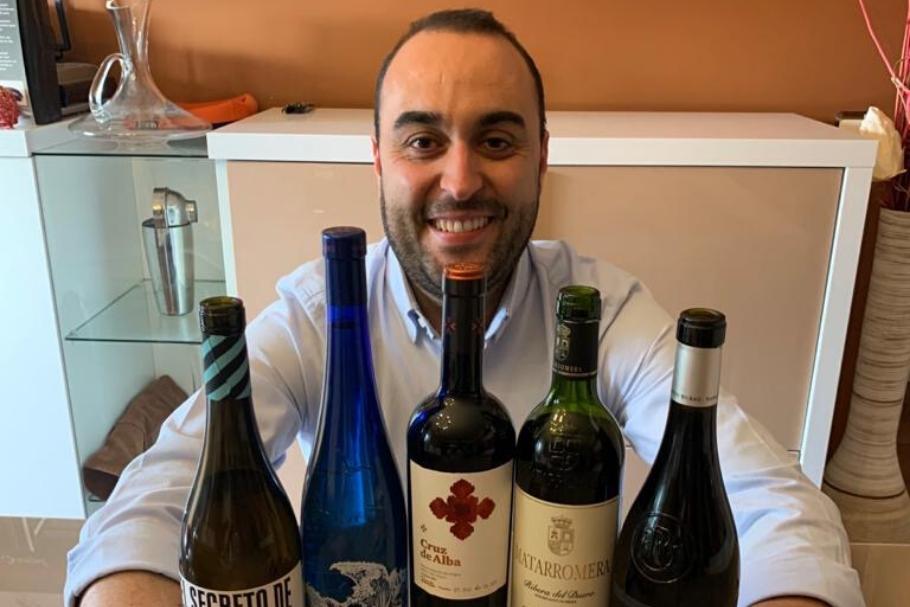 ¿Cómo catar un vino?, Antonio Muñoz (maitre Vincci Soho 4* Madrid) nos da las claves