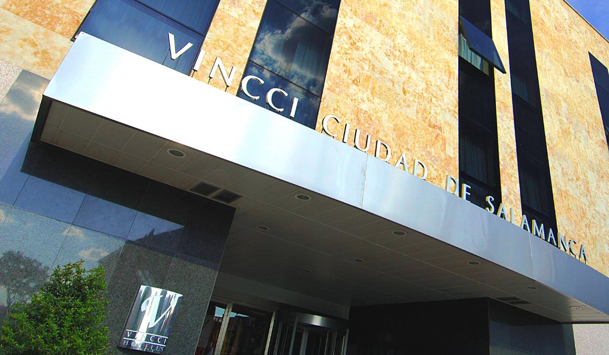 Un hotel para pasar la cuarentena: Vincci Ciudad de Salamanca contra el COVID-19