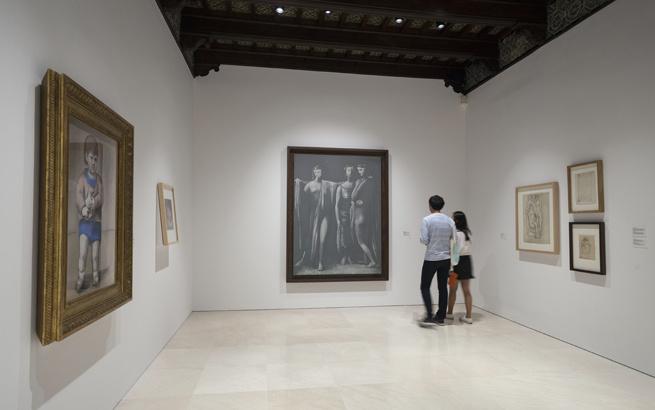 Pareja visitando el Museo Picasso de Málaga