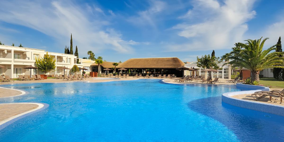 Cádiz recibe de nuevo a uno de sus hoteles más exclusivos: Vincci Costa Golf 4* estrena temporada estival