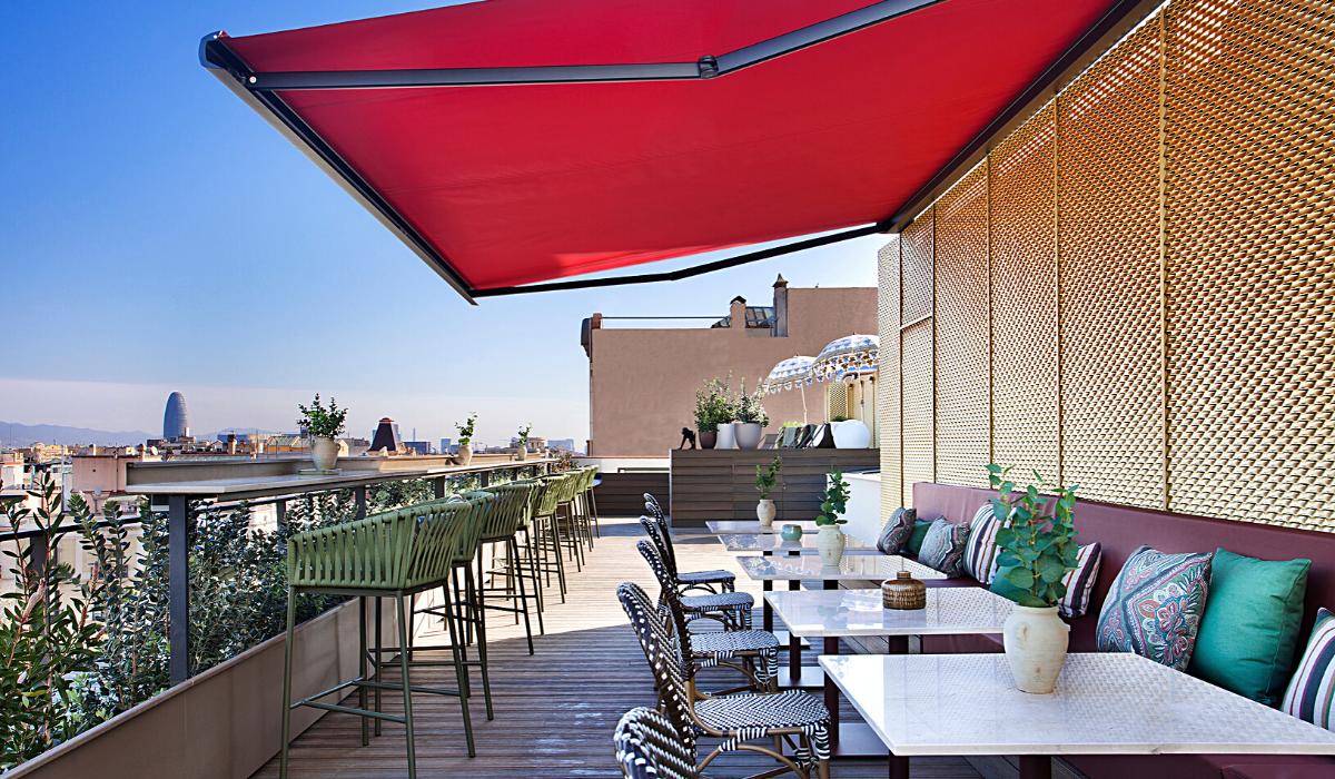 Vincci Gala 4* estrena rooftop con la  más bella panorámica de Barcelona, ¡Bienvenida terraza La Galana!
