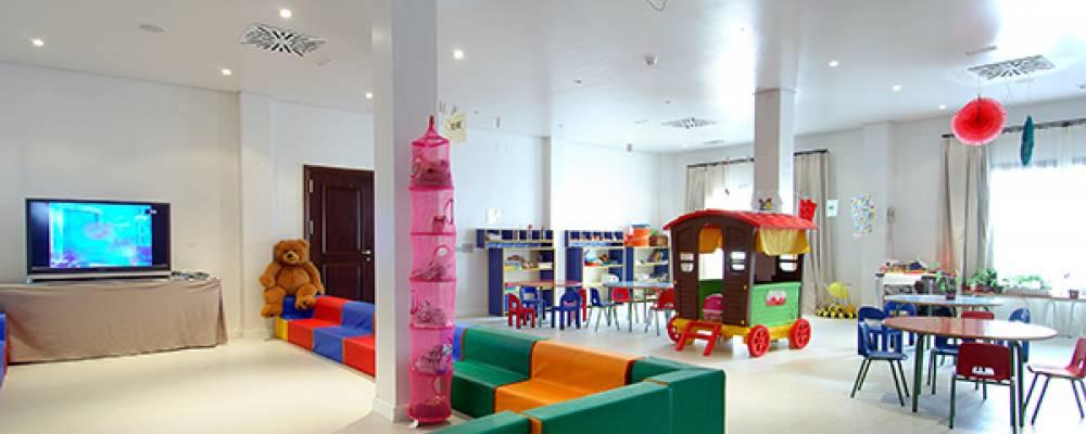 miniclub para niños dentro el hotel Vincci selección la plantación del sur en Tenerife