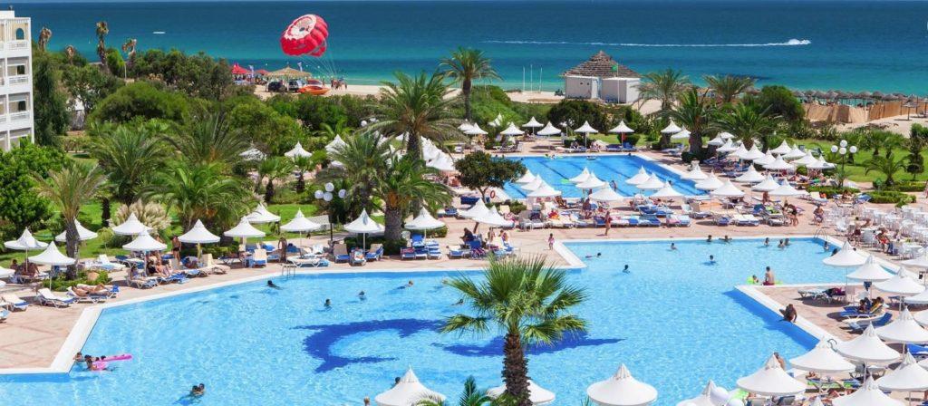 piscina del hotel vincci marillia en túnez