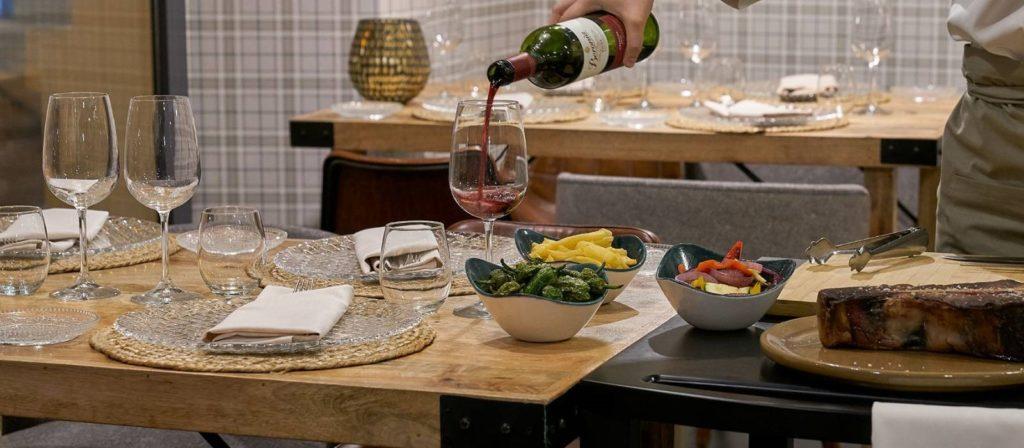 Restaurante Entremuros del hotel Vincci Posada del Patio