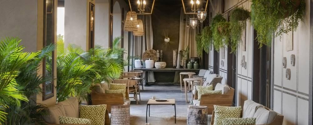 Terraza con animación del hotel Vincci Selección Plantación del Sur 5 estrellas en Tenerife