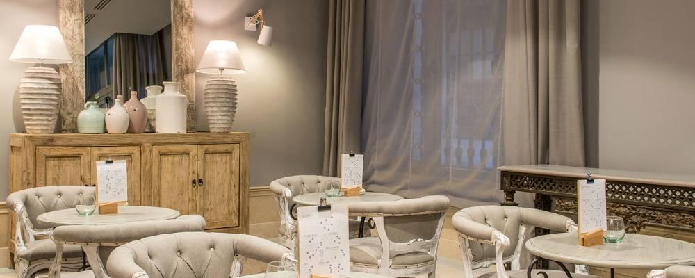 Lys Bar del Hotel Vincci Lys 4 estrellas de Valencia