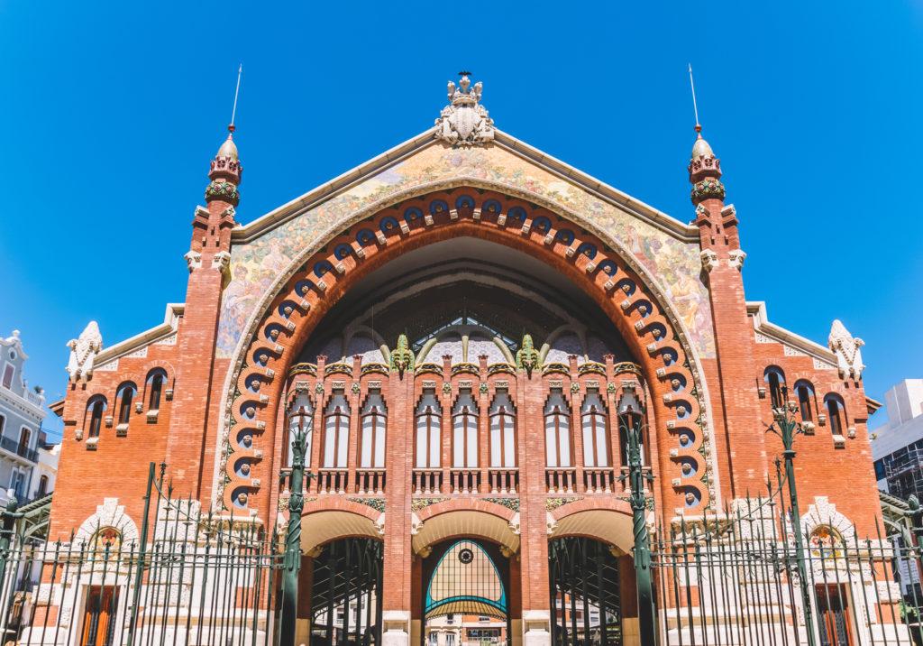 Fachada del Mercado Gastronómico Colón de Valencia