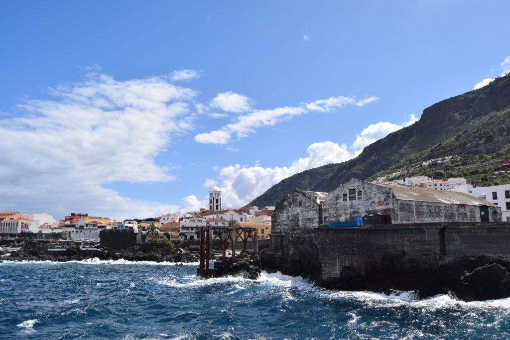 Vistas desde el mar a Garachico, Tenerife
