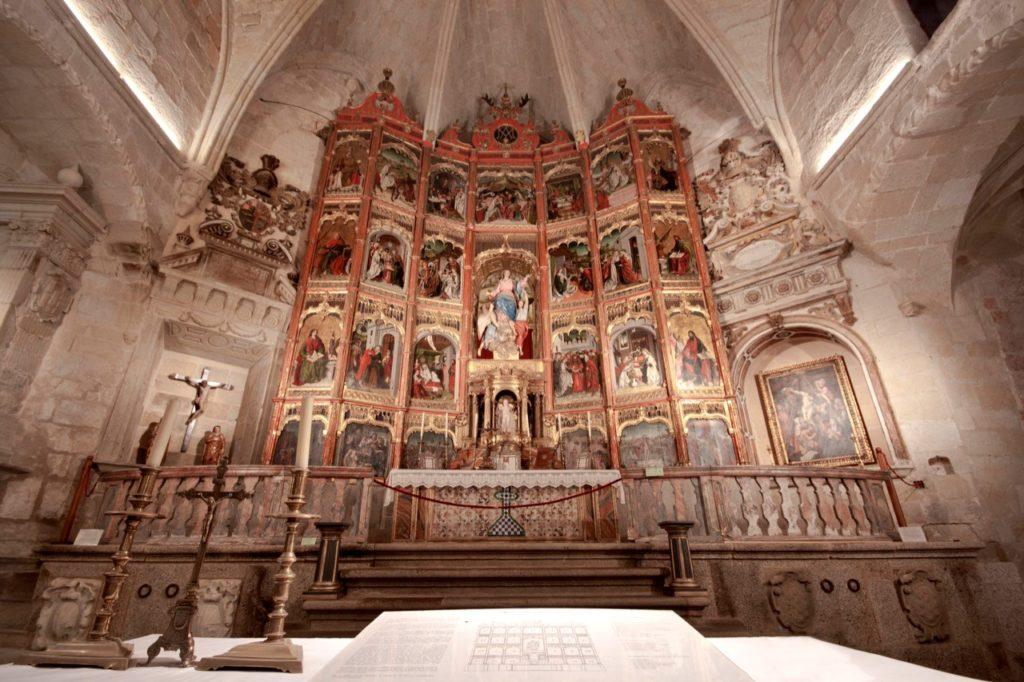 retablo iglesia santa maria mayor trujillo