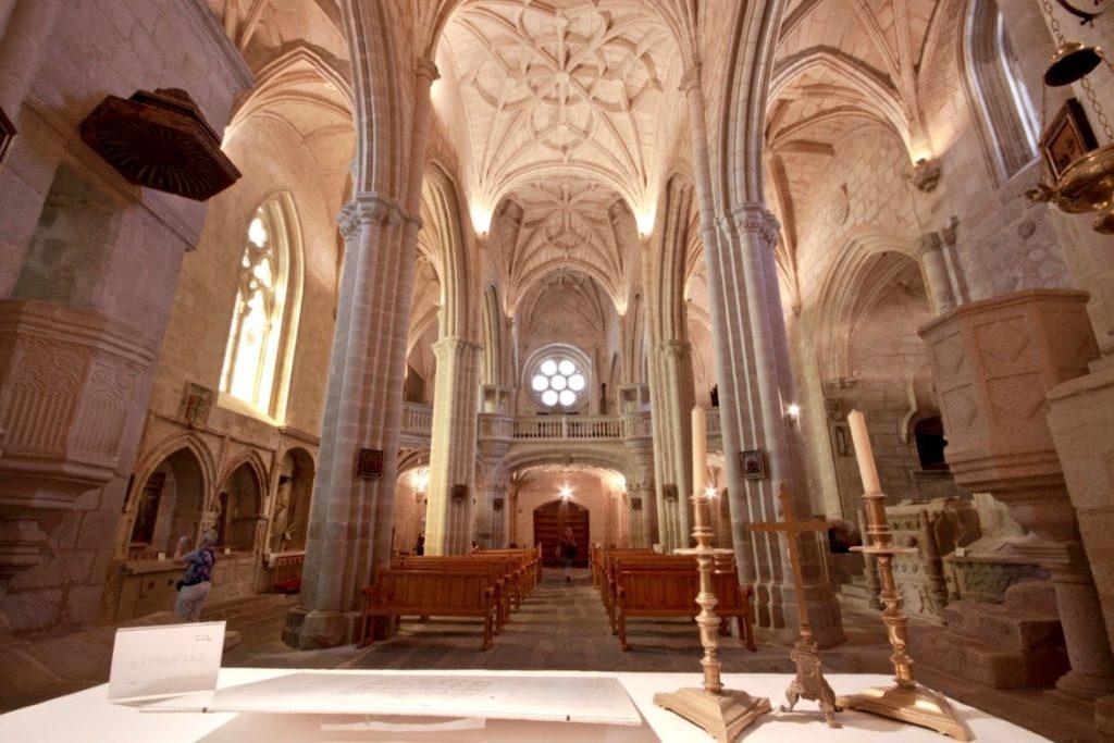 iglesia santa maria mayor de trujillo