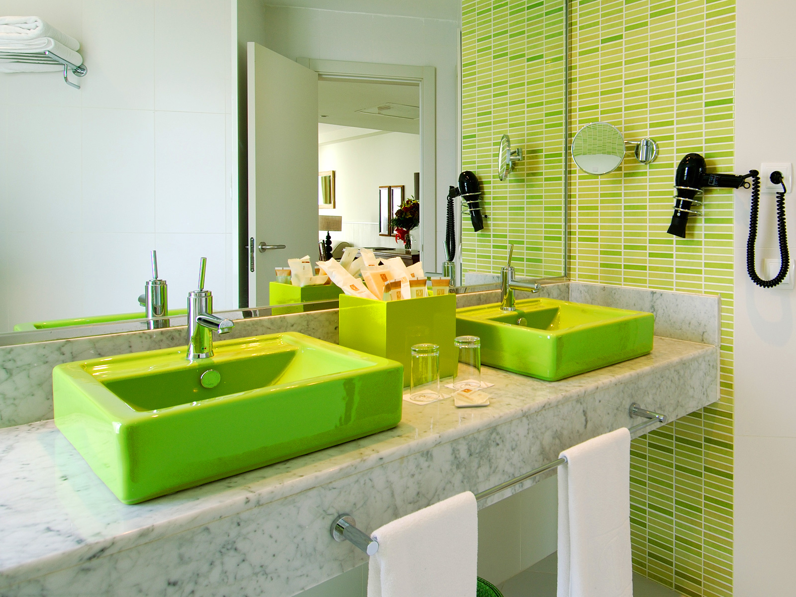 Bathroom Junior Suite - Vincci Tenerife Golf 4*