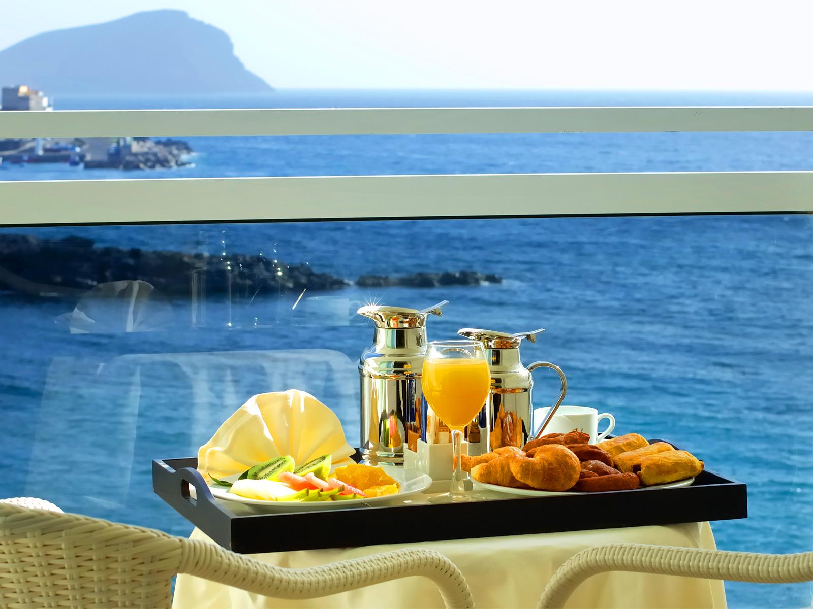 Desayuno Terraza Habitación - Vincci Tenerife Golf 4*