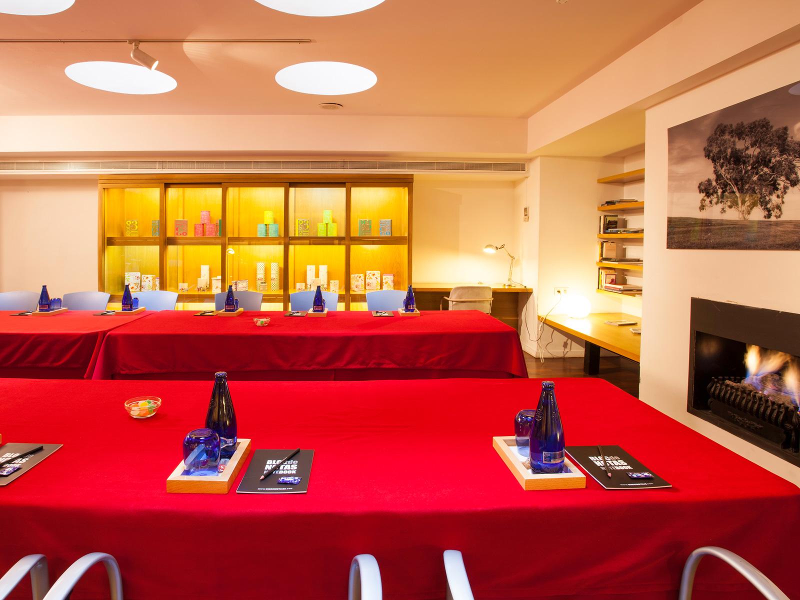 Library - Vincci Soma 4*