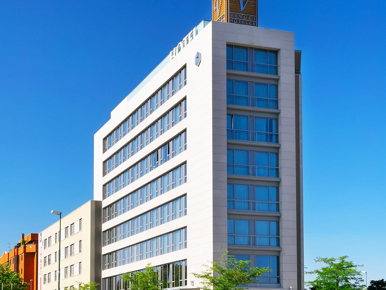 Exterior-Hotel Valladolid Frontaura - Vincci Hoteles