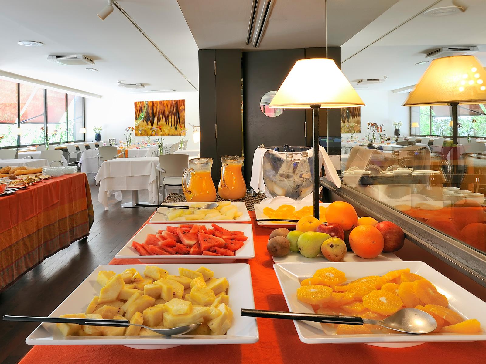 Desayuno Buffet - Vincci Soma 4*
