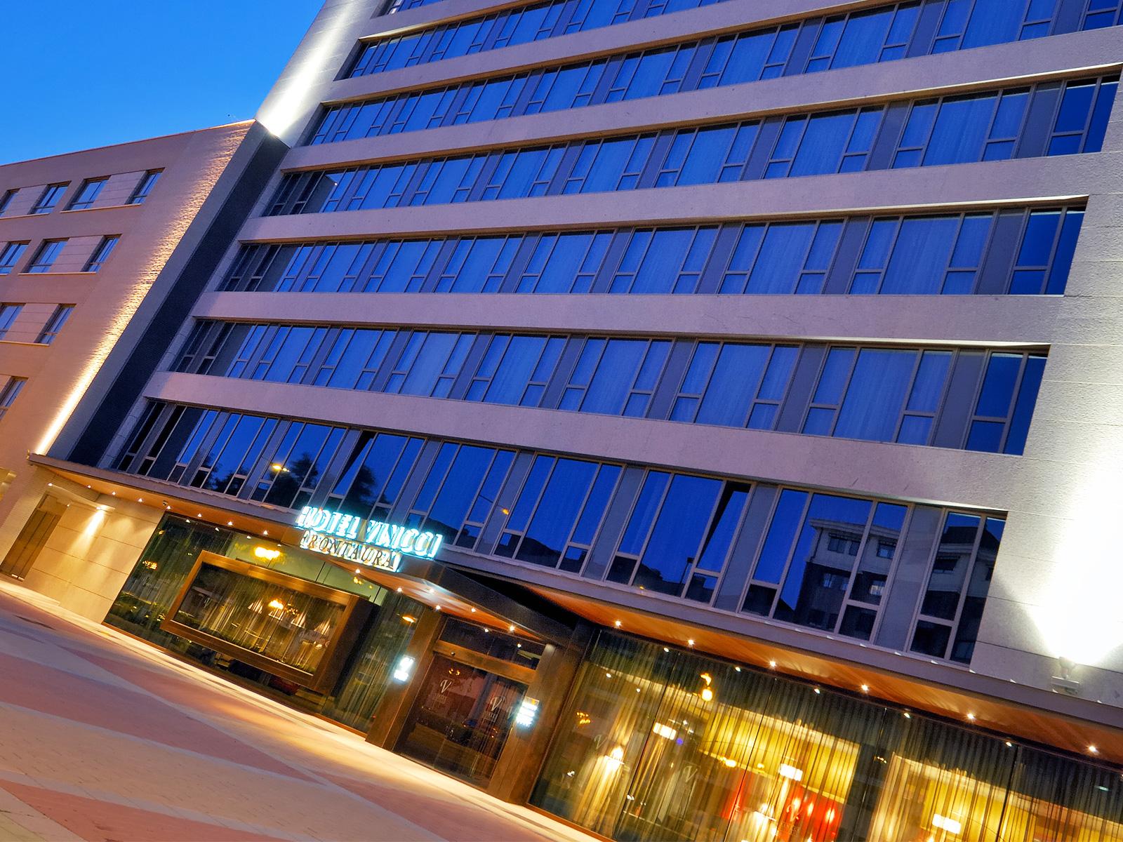Facade-Hotel Valladolid Frontaura - Vincci Hoteles