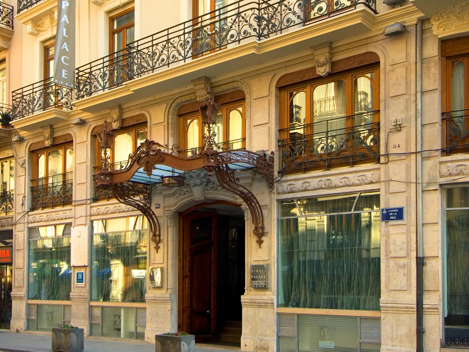 Front - Vincci Palace 4*